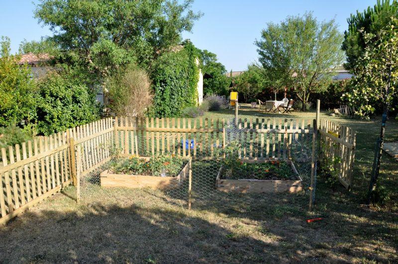 Emejing Cloture De Jardin Reglementation Ideas - Matkin.info ...